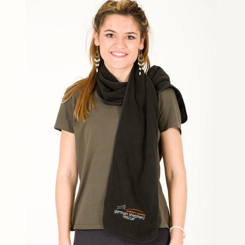 Fleece scarf with zip pocket